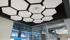 Ceiling Design Shapes Jade Offices Triton Sound Shapes Hexagons Sky Lounge In Fluid Design Ceiling With Flowing Shapes Durlum Gmbh 30 Gorgeous Gypsum False Ceiling Designs To Ceiling Murals, Ceiling Installation, Ceiling Panels, Ceiling Canopy, Ceiling Tiles, Ceiling Decor, Ceiling Plan, Open Ceiling, Ceiling Beams