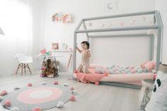 Montessori Bedroom | Quarto Montessori