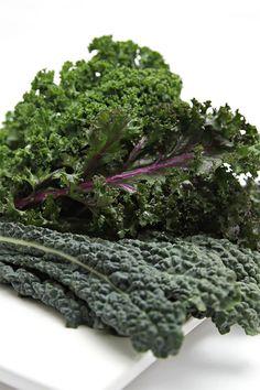 How to prep kale #healthy #cookingtips #vegetarian #vegan
