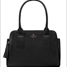 Kate Spade New York Southport Ave Handbag Hi! I'm Peonies Shop. Thanks for stopping by! please visit https://www.tradesy.com/closet/peoniesshop/ for my complete closet, more discounts and free shipping! kate spade Bags Shoulder Bags
