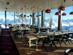 Gourmet Restaurant iceQ in Austria Austria, Places To Go, Conference Room, Chandelier, Restaurant, Ceiling Lights, Table, Furniture, Home Decor
