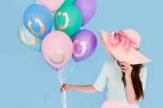 Horseshoe Derby Hat Balloons