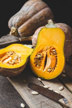 Butternut pumpkin slices - My email: tatu.thaithu Butternut pumpkin slices – My email: tatu. Healthy Fruits And Vegetables, Grilled Vegetables, Fruit And Veg, Weird Fruit, Weird Food, Vegetable Coloring Pages, Pumpkin Vegetable, Veggie Art, Pumpkin Photos