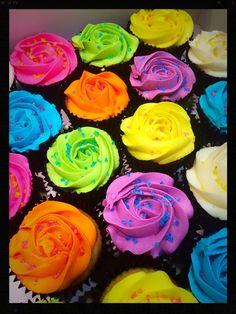 glow in the dark cupcakes!