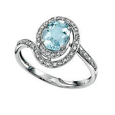 White Gold and Aquamarine Ring