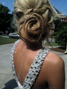 cute updo for prom! @ Hair Color and Makeover Inspiration