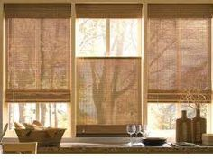 Bamboo curtains for window coverings in home interior Contemporary Window Treatments, Contemporary Windows, Modern Windows, Large Windows, Bay Windows, Contemporary Valances, Kitchen Curtain Designs, Modern Kitchen Curtains, Kitchen Windows