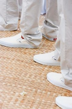 Casual Groomsmen Shoes Photography: Stewart Pinsky Photography Read More: http://www.insideweddings.com/weddings/all-white-destination-beach-wedding-in-hawaii/274/
