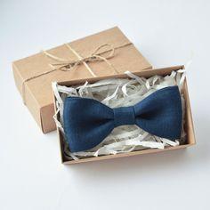 Navy blue bow tie, linen bow tie, pocket square, mens bow tie, pretied bow tie, bow ties for men, bow tie men, vintage bow tie