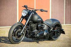 Softail Slim 300, a stunning bike by Harley Davidson #harleydavidsoncustommotorcyclesbeautiful #harleydavidsonsoftailslim
