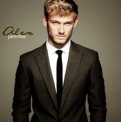 Alex Pettyfer as Christian Grey <3 you make recognize him from Magic Mike ;)