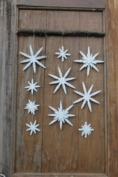 Items similar to Snowflake Wall Hanging, Clothespin Snowflake, Winter Decor, Holiday Decor, Wall Decor on Etsy - Home Decor DIY //Winter Snowflake Ornaments, Diy Christmas Ornaments, Christmas Projects, Holiday Crafts, Christmas Crafts, Christmas Decorations, Winter Christmas, Clothes Pin Ornaments, Ideas Decoracion Navidad