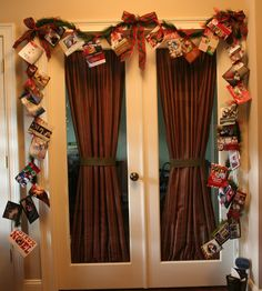 Courtesy of my friend Kim! Great idea for hanging Christmas cards!!!