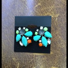 NWOT Multi gemstone GORGEOUS earrings, Cutest earrings - will add a pop of color to so many outfits. Jewelry Earrings