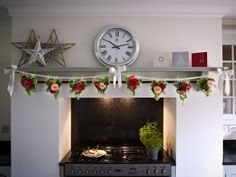 Pretty floral bunting is perfect for #christmas time