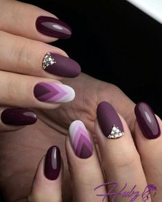 35 Trendy Purple Nail Art Designs for Do you like purple nail design? If you decide to use purple, you're in the right place. We all heard Nail Art Violet, Purple Nail Art, Purple Manicure, Manicure Colors, Purple Nail Polish, Beautiful Nail Art, Gorgeous Nails, Beautiful Images, Matte Nails