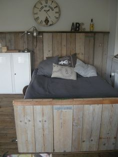 Steigerhouten bed superstoer