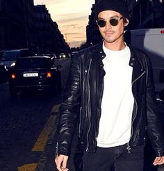 tylerblackburn❤️ Pretty Little Liars, Caleb, Tyler Blackburn, Abc Family, American Actors, Tv Shows, Mens Sunglasses, Leather Jacket, Singer
