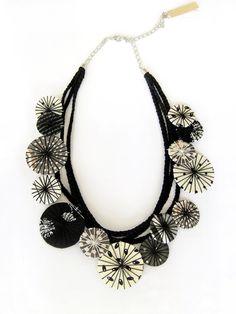 Statement fabric necklace black & white fabric by LENNYshop #statement #fabricnecklace #jewelryfabric