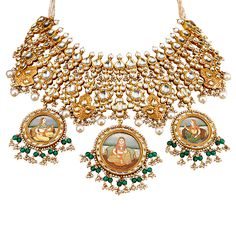 Tanishq pays tribute to Rajputana tradition with The Padmavati Collection. Bringing you a stunning rendition of jewellery from the movie Padmavati! Diwali Jewellery, Gold Jewellery, Jewelry Design Earrings, Jewellery Designs, Indian Jewelry Sets, Necklace Online, Wedding Jewelry, Jewelry Collection, Fashion Jewelry