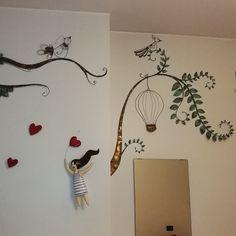Alberi ed uccellini in filo di rame saldato. Cuori in ceramica smaltata
