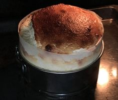 tarta suave y esponjosa tarta rápida tarta ingredientes sencillos tarta fácil de yogur tarta de yogur griego tarta de queso greek yogurt cheesecake Greek Yogurt Cake Greek Yogurt Cake, Yogurt Dessert, My Dessert, Dessert Recipes, Cake Recipes, Amazing Food Hacks, Greek Cheese, Homemade Cakes, Kitchen Recipes