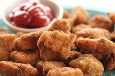 Get Chicken Nuggets Recipe from Food Network Pioneer Woman Chicken, Chicken Nugget Recipes, Tofu Recipes, Diet Recipes, Gluten Free Bread Crumbs, Fast Food Places, Nuggets Recipe, Natural Yogurt, Egg Wash