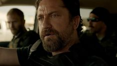 """STX Entertainment released the official trailer for its upcoming """"Den of Thieves,"""" starring Gerard Butler and Curtis Cent' Jackson in theaters Jan Pablo Schreiber, Gerard Butler, 50 Cent, Hd Movies Online, New Movies, Movies To Watch, Jackson, Movie Photo, Movie Tv"""