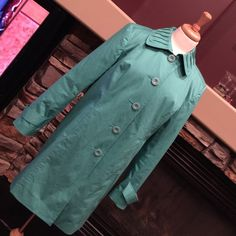 Pendleton jacket Turquoise Pendleton 97% cotton and 3% spandex, cute large coordinating buttons, darling collar and how about that polka dot lining! Excellent used condition, non smoking home, size medium. Pendleton Jackets & Coats