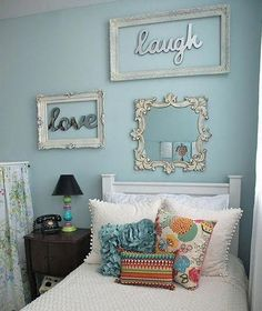 Here are 12 simple and cool ideas, that you can implement into your DIY teen room decor project. Diy Room Decor For Teens, Teen Room Decor, Diy Home Decor, Teenage Girl Bedroom Designs, Girls Bedroom, Master Bedroom, Bedrooms, Comfy Bedroom, Girl Rooms