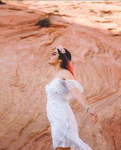Lyna Youtube, Famous Girls, Photos Tumblr, Sonam Kapoor, Aesthetic Wallpapers, Steven Universe, Kawaii, White Dress, My Style