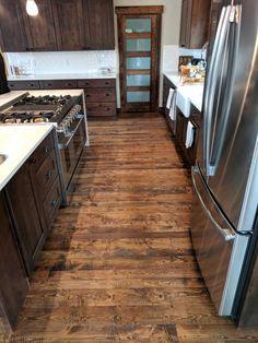 Podłoga Circular Sawn Douglas Fir Wood Floors Reclaimed Wood Floors, Real Wood Floors, Barn Wood, Hardwood Floors, Wood Flooring, Flooring Ideas, Wood Walls, Framing Basement Walls, Douglas Fir Wood