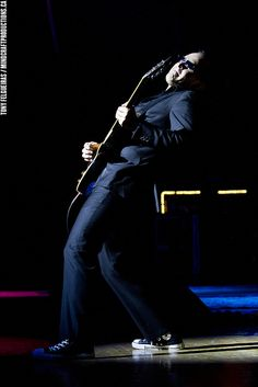 ♫♪ Music ♪♫  musician Joe Bonamassa @ Massey Hall | Flickr - Photo Sharing!