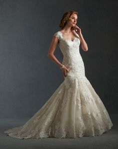 8517 gown from the 2015 Bonny Bridal collection, as seen on Bride.Canada