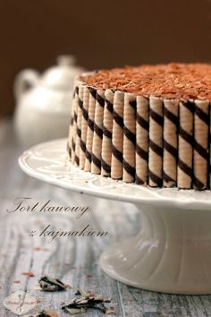 Tort kawowy z kajmakiem / Coffee cake with dulche de leche recipe Coffee Cake, Tiramisu, Cupcake Cakes, Nom Nom, Food And Drink, Sweets, Ethnic Recipes, Cook, Projects