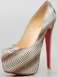 Cookie Lyon (Taraji P. Henson) wore these Christian Louboutin Daffodile Snakeskin Red Sole Platform Pumps on x Sergio Rossi, Python, Shoes 2018, Christian Louboutin Outlet, Converse, Latest Shoe Trends, Red Sole, Formal Shoes, Platform Pumps