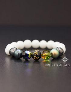 Swarovski Elements and Pure White Glossy Jade Beads Bracelet, White Beaded Bracelet, Stretch Bracelet, Stacking Gemstone Bracelet, Boho