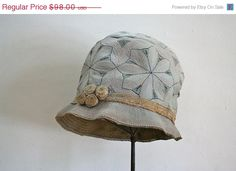 1920s cloche hat - PINWHEELS embroidery icy blue 20s hat