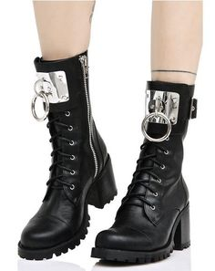 Current Mood Armory O-Ring Boots ~ Dominate the party! These incredible boots features a smooth vegan leather construction and oversized O-ring detail. Lace Booties, Lace Up Boots, Ankle Booties, Looks Dark, Gothic Shoes, Jelly Shoes, Block Heel Boots, Latest Shoe Trends, Me Too Shoes