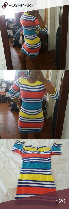 "French Connection Jag - bodycon dress - size 2 Colorful & cute striped bodycon mini dress - crew neck - 3/4 length sleeves - keyhole button closure at back neck - approx. 30.5"" in length - 95% cotton & 5% elastane French Connection Dresses Mini"