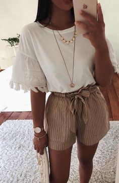 42 Comfy Street Style Looks That Make You Look Cool 11 ways to wear beige clothes without getting lost in color Calvin Klein Ckj 026 Slim Jeans 3332 Calvin Klein Kind People Tee Spring / Summer Best spring outfits 2019 best spring outfits Mode Rock … Trendy Summer Outfits, Spring Outfits, Casual Outfits, Tumblr Summer Outfits, Summer Ootd, Casual Dresses, Cute Summer Clothes, Outfit Ideas Summer, Summer Vegas Outfit