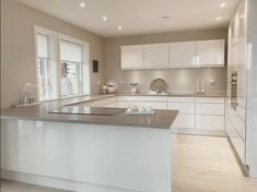 Kitchen Design Small, Diy Kitchen Renovation, Kitchen Remodel, Kitchen Design, Home Decor Kitchen, Kitchen Room Design, Kitchen Interior, Minimalist Kitchen, Modern Kitchen Design
