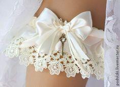Bride's Garter