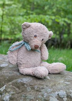 Lost on 25 Jul. 2015 @ Baldersby Park, North Yorkshire.. Harold, a scruffy but much loved Harrods bear with a tatty green ribbon went missing at the Deershed Festival. There was a reported sighting near to the 'bubbles tent' at the back of the main stage... Visit: https://whiteboomerang.com/lostteddy/msg/lt67eh (Posted by Ruth on 28 Jul. 2015)