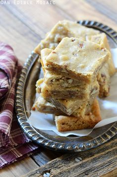 These Butterbeer Brown Butter Blondies with Toasted Pecans basically taste like amped up butter pecan blondies. Their flavor is spot-on and like any good blondie should be, they're gooey-centered and completely indulgent. What could be a more perfect fall snack for watching Harry Potter? #baking #fall