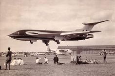 """""""WB771 Handley Page Victor 1st prototype Farnborough 1953"""" Real plane, uncut picture"""