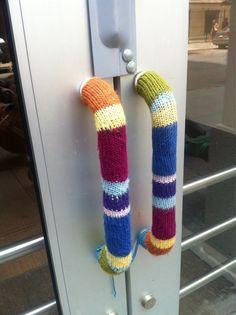 door handles; yarn bombing