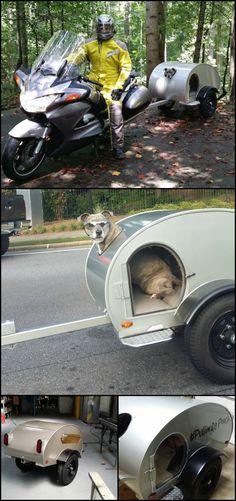 Build your dog a mini pet camper! Pull Behind Motorcycle Trailer, Dog Bike Trailer, Trailer Diy, Motorcycle Towing, Motorcycle Carrier, Motorcycle Camping, Teardrop Trailer Plans, Biking With Dog, Tiny Trailers