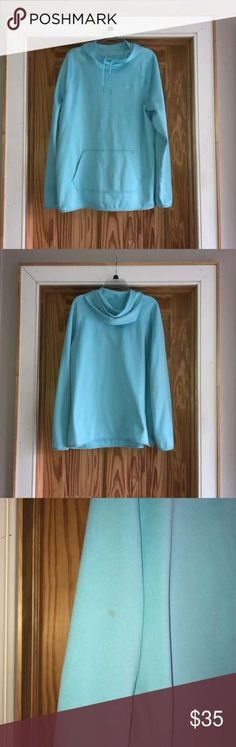 Nike Women's Therma-fit Sweatshirt Nike Therma-fit light blue sweatshirt Great condition Still soft on the inside Has thumb holes! Small stain on back of elbow (shown in picture) Nike Tops Sweatshirts & Hoodies Sweatshirt Outfit, Printed Sweatshirts, Hoodies, Casual Winter Outfits, Dresses With Leggings, Halloween Sweatshirt, Nike Tops, Nike Women, Light Blue