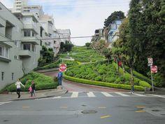Lombard St., la calle más visitada de San Francisco.